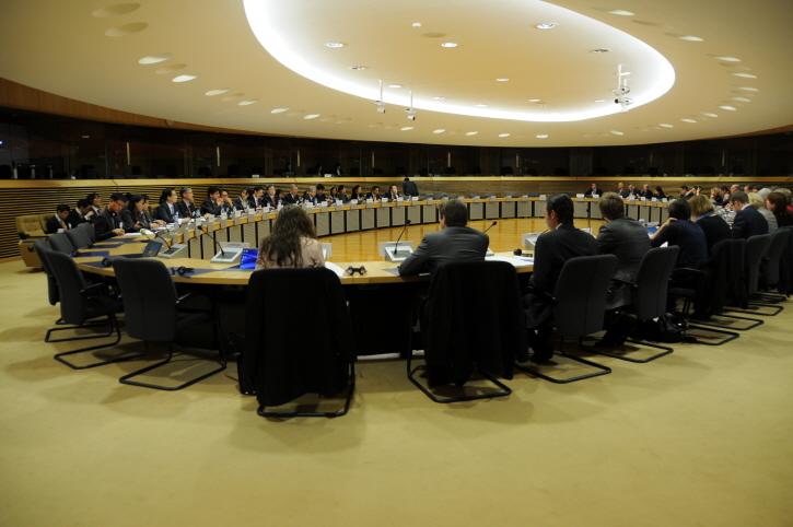 한-EU, 글로벌 보호무역주의 공동 대응